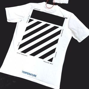 Off White Tshirt in L
